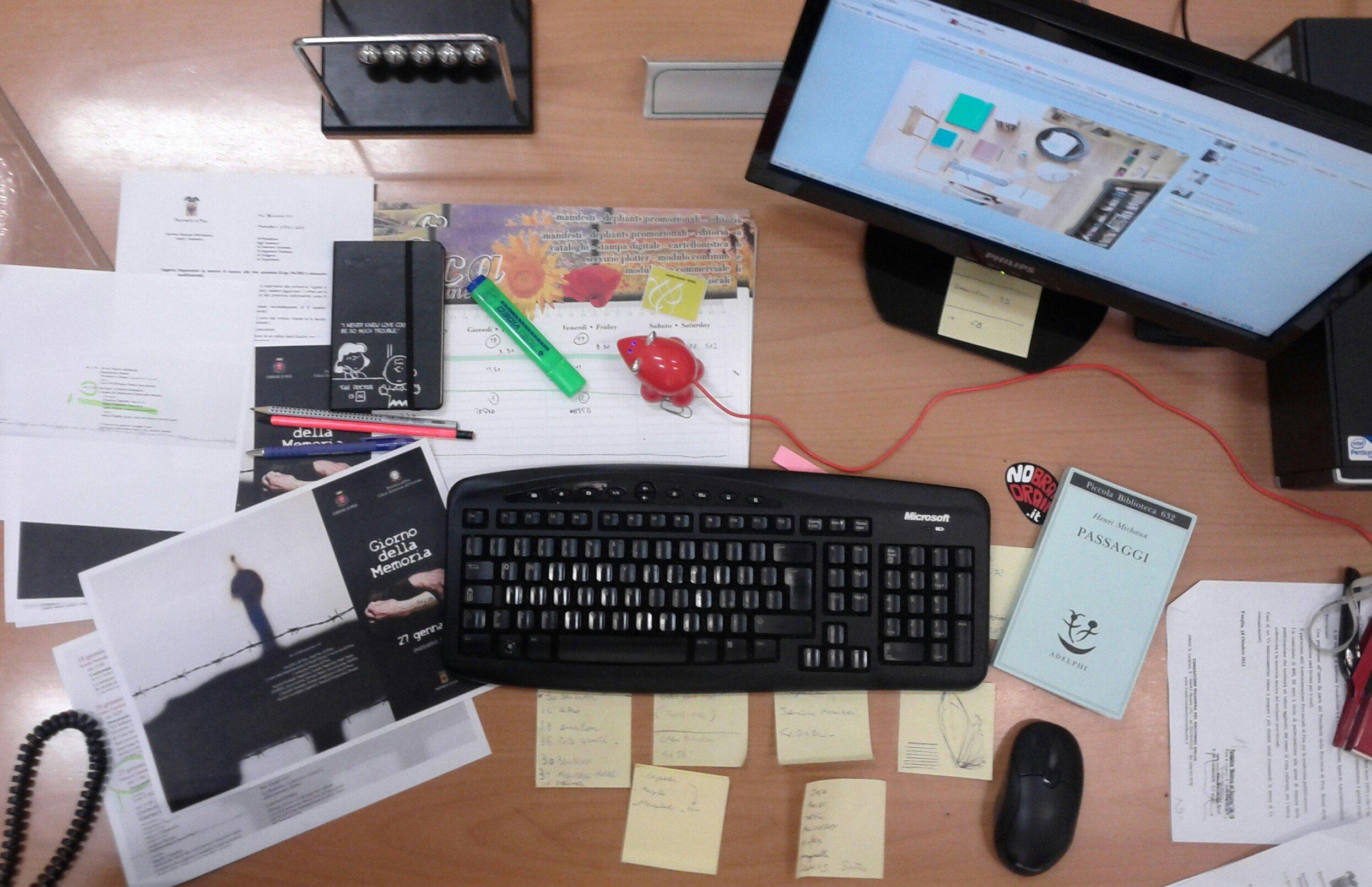 Ufficio Lavoro Torino : Mobile per ufficio composizione a l attrezzature di lavoro in
